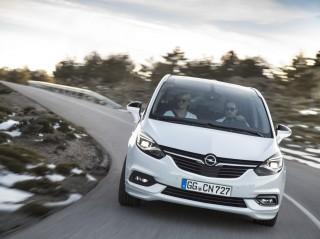Megújul a Zafira, az Opel úttörő hétülésese