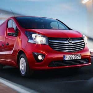 Opel Vivaro 04