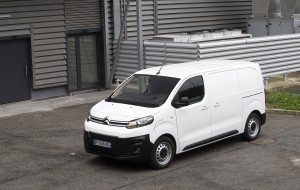 "A CITROËN Ë-JUMPY NYERTE AZ ""INTERNATIONAL VAN OF THE YEAR 2021"" DÍJAT"