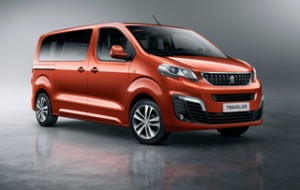 Képeken az új Peugeot Traveller